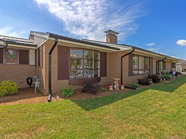 20 W Morgan Street, Brevard, NC 28712 (#3512865) :: Keller Williams Professionals