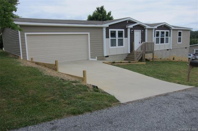4 N Frederick Lane, Hendersonville, NC 28792 (#3513205) :: LePage Johnson Realty Group, LLC