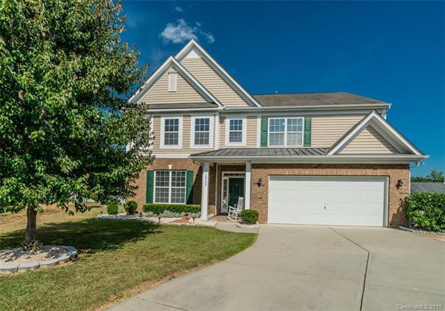 10900 Hat Creek Lane, Davidson, NC 28036 (#3513336) :: Francis Real Estate