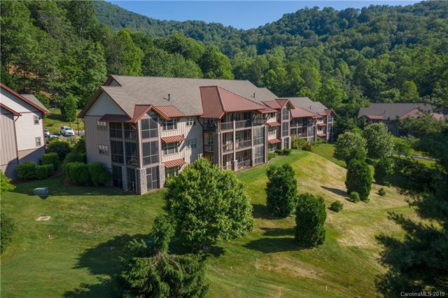 1564 Country Club Drive B303, Maggie Valley, NC 28751 (#3513344) :: Homes Charlotte