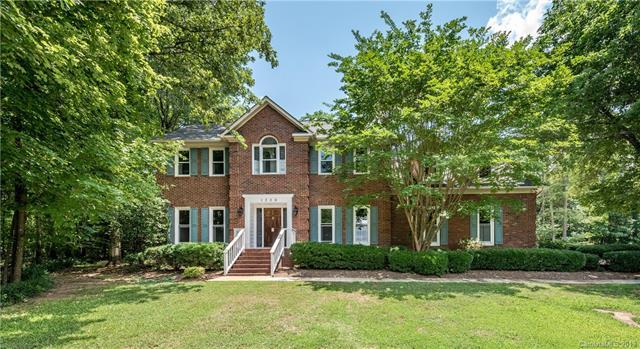 1356 Woodhurst Drive, Rock Hill, SC 29732 (#3513492) :: The Andy Bovender Team