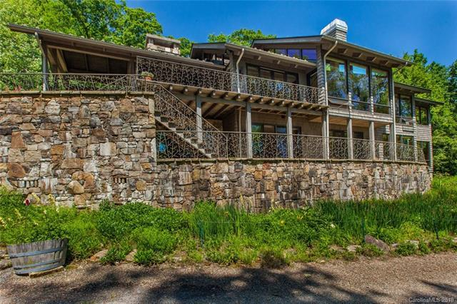 1037 Toxaway Drive, Lake Toxaway, NC 28747 (#3513620) :: LePage Johnson Realty Group, LLC