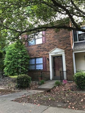 8837 Hunter Ridge Drive, Charlotte, NC 28226 (#3514011) :: LePage Johnson Realty Group, LLC