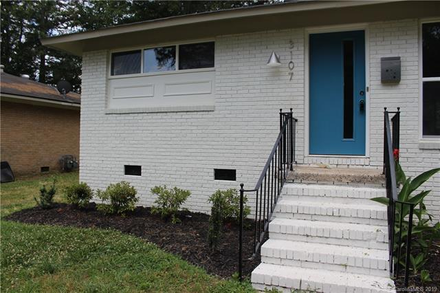 3107 Erskine Drive, Charlotte, NC 28205 (#3514214) :: LePage Johnson Realty Group, LLC