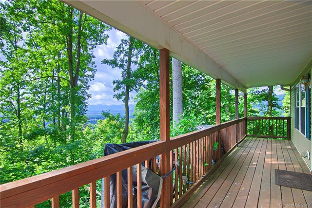 140 Hidden Meadow Drive, Candler, NC 28715 (#3514422) :: Keller Williams Professionals