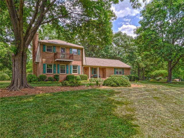 6206 Providence Court, Concord, NC 28027 (#3514565) :: The Ramsey Group