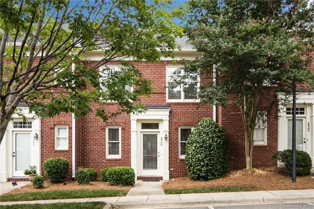 2546 Dilworth Heights Lane, Charlotte, NC 28209 (#3514914) :: Mitchell Rudd Group