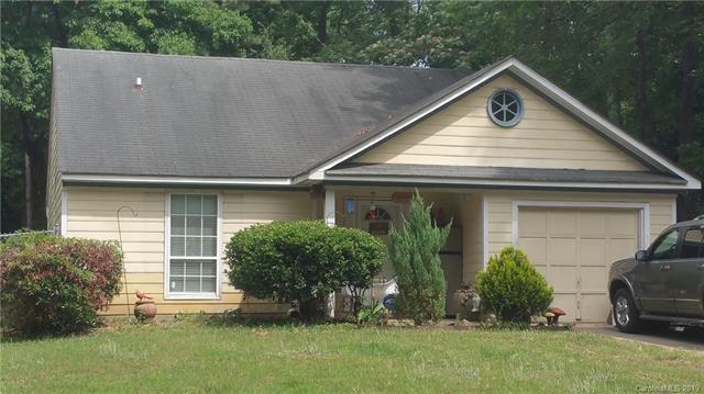 5242 Great Wagon Road, Charlotte, NC 28215 (#3514958) :: Team Honeycutt