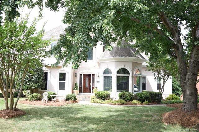 4912 Downing Creek Drive, Charlotte, NC 28269 (#3515033) :: High Performance Real Estate Advisors