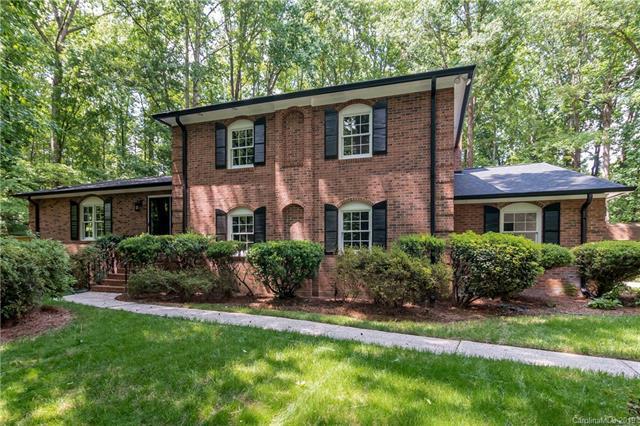7222 Applecross Lane, Charlotte, NC 28215 (#3515073) :: LePage Johnson Realty Group, LLC