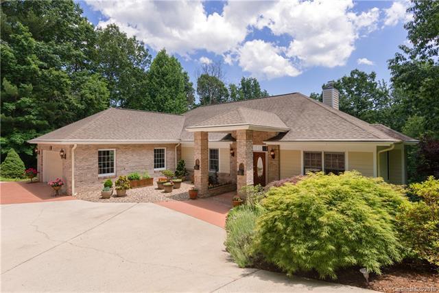 517 Overlook Drive, Flat Rock, NC 28731 (#3515154) :: LePage Johnson Realty Group, LLC