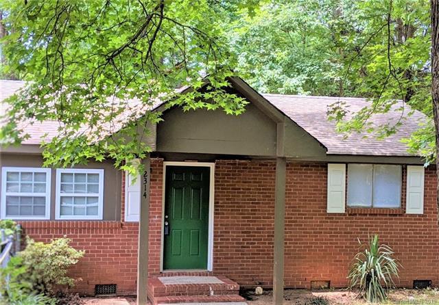 2314 Chipola Drive, Charlotte, NC 28215 (#3515167) :: LePage Johnson Realty Group, LLC