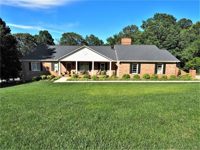 2510 Rolling Ridge Drive, Hickory, NC 28602 (#3515198) :: RE/MAX RESULTS