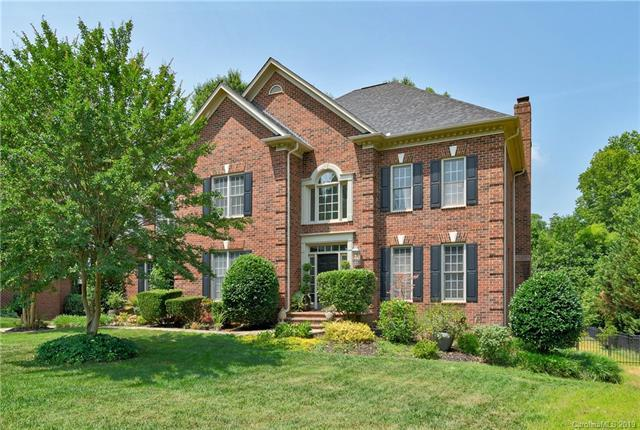 7016 Meadow Run Lane, Charlotte, NC 28277 (#3515449) :: Homes Charlotte