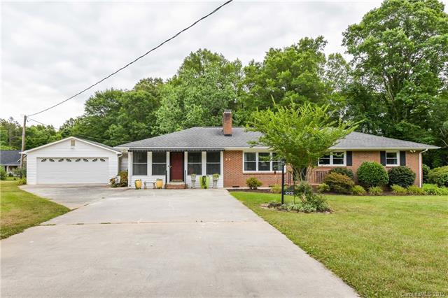 222 Huffstetler Road, Gastonia, NC 28056 (#3515488) :: LePage Johnson Realty Group, LLC