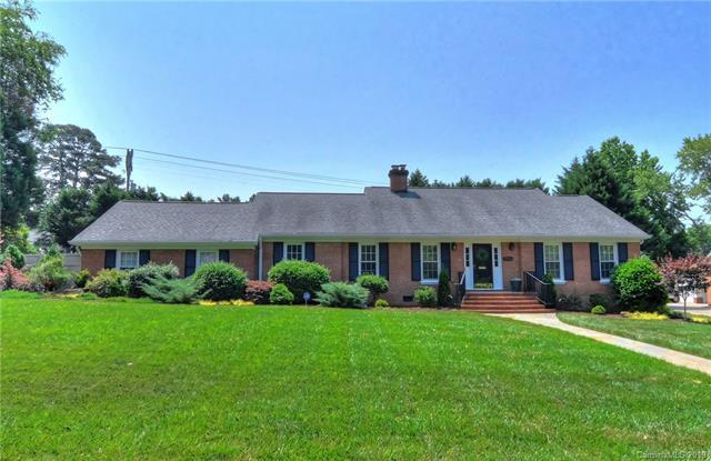3816 Table Rock Road, Charlotte, NC 28226 (#3515610) :: LePage Johnson Realty Group, LLC
