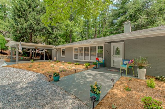 28 Hill Top Circle N, Hendersonville, NC 28791 (#3515613) :: Johnson Property Group - Keller Williams