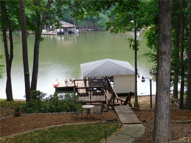 156 Pine Bark Circle, Mount Gilead, NC 27306 (#3515640) :: Francis Real Estate
