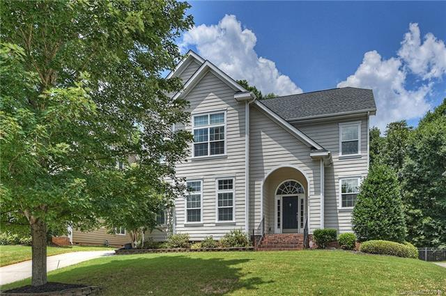 9820 Daufuskie Drive, Charlotte, NC 28278 (#3515666) :: Keller Williams South Park