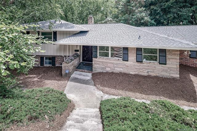 3418 Knob Hill Court, Charlotte, NC 28210 (#3515673) :: LePage Johnson Realty Group, LLC