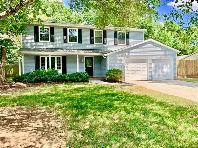 5901 Tillery Drive, Charlotte, NC 28226 (#3515852) :: The Andy Bovender Team
