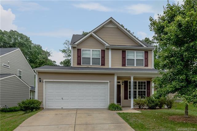 3825 Fircrest Drive, Charlotte, NC 28217 (#3515939) :: www.debrasellscarolinas.com