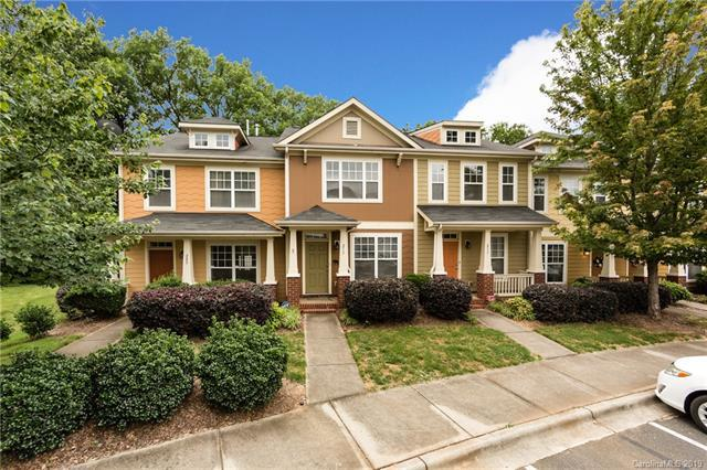 209 Hurston Circle, Charlotte, NC 28208 (#3515951) :: LePage Johnson Realty Group, LLC