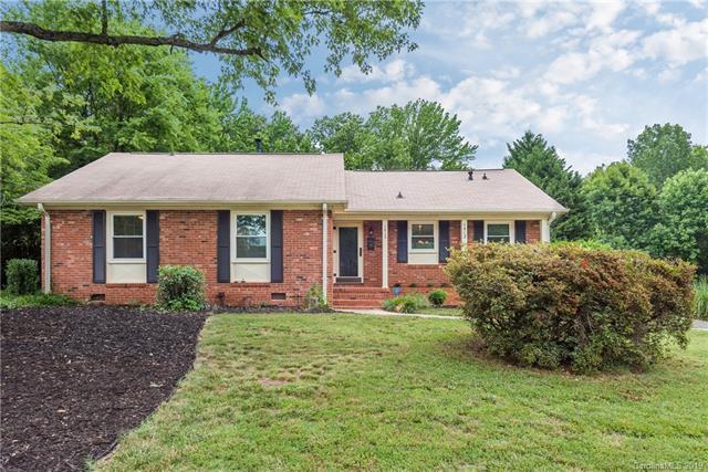 1413 Edgewater Drive, Charlotte, NC 28210 (#3515975) :: Keller Williams Biltmore Village