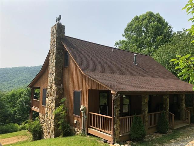 482 Misty Cove Road, Bakersville, NC 28705 (#3516097) :: Charlotte Home Experts