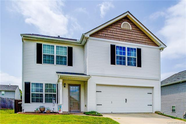 725 Overlook Road, Lowell, NC 28098 (#3516391) :: LePage Johnson Realty Group, LLC