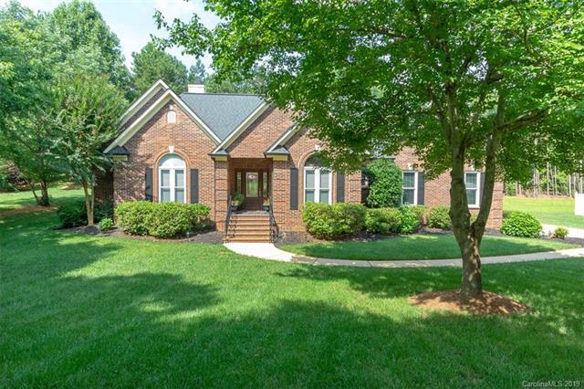 4519 Long Cove Drive, Denver, NC 28037 (#3516416) :: Odell Realty