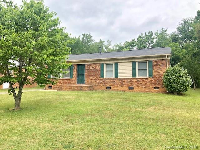 3108 Salem Drive, Gastonia, NC 28052 (#3516432) :: Charlotte Home Experts