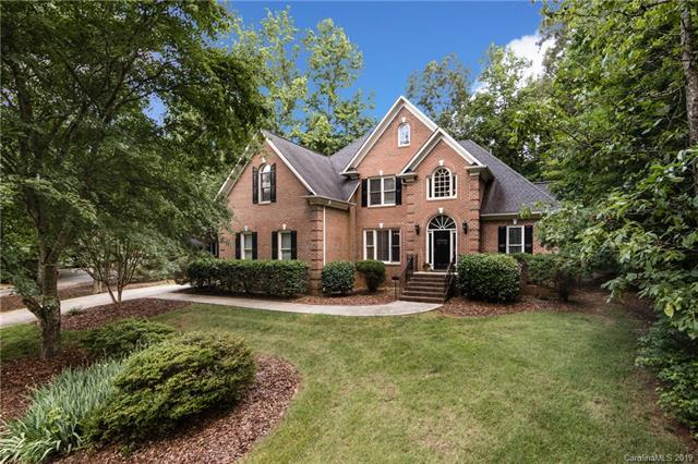 1121 Overstream Lane, Matthews, NC 28105 (#3516435) :: Mitchell Rudd Group