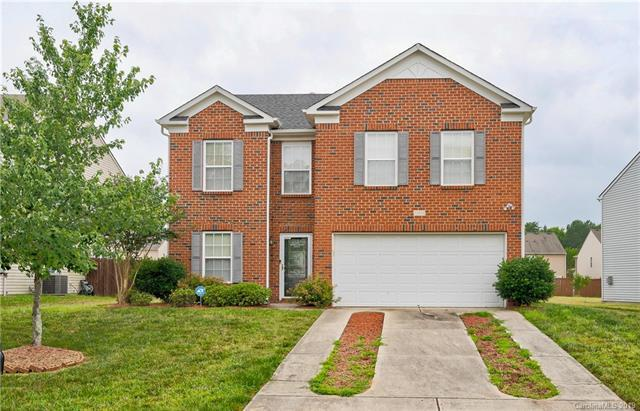 12938 Silvaire Farm Road, Charlotte, NC 28278 (#3516470) :: MartinGroup Properties