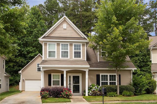 19401 Pocono Lane, Cornelius, NC 28031 (#3516517) :: Scarlett Real Estate