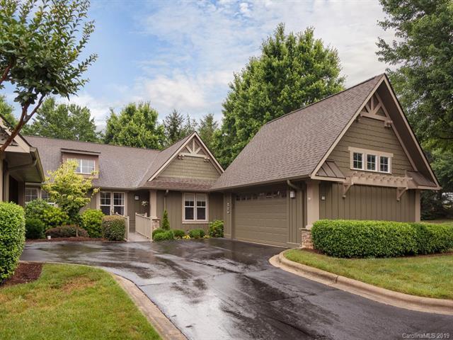 303 Fox Den Court, Hendersonville, NC 28792 (#3516566) :: LePage Johnson Realty Group, LLC