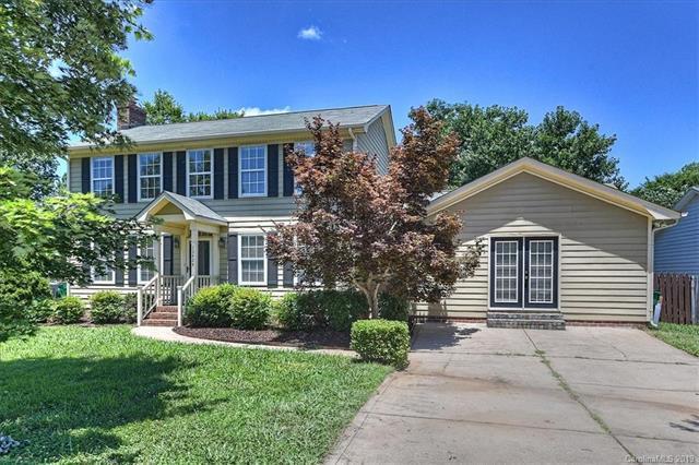 13424 Krislyn Woods Place, Charlotte, NC 28278 (#3516794) :: LePage Johnson Realty Group, LLC