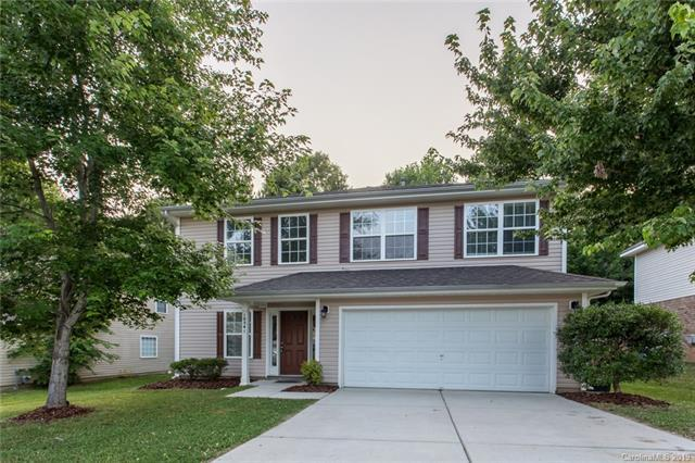 10541 Turkey Point Drive, Charlotte, NC 28214 (#3516938) :: LePage Johnson Realty Group, LLC