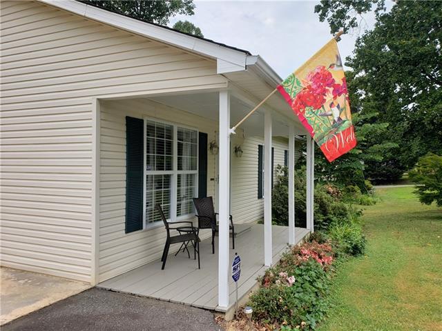 113 Raintree Drive, Morganton, NC 28655 (#3517039) :: Keller Williams Biltmore Village