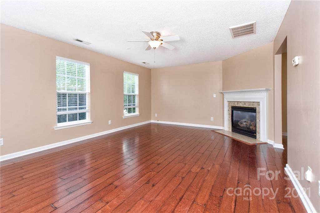 3013 Secret Garden Court, Indian Trail, NC 28079 (#3517111) :: LePage Johnson Realty Group, LLC