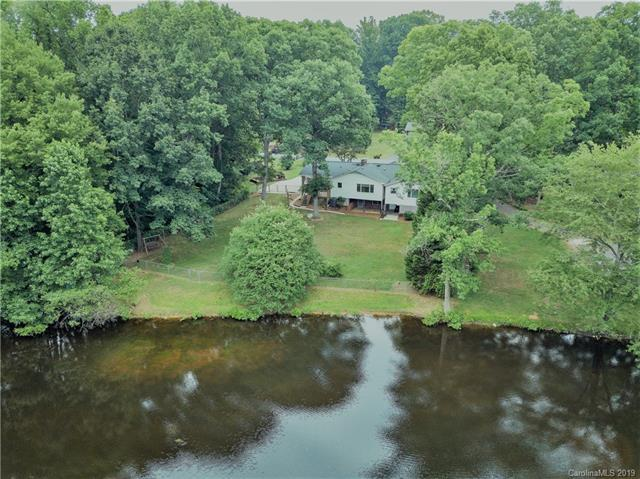 218 S Claybon Drive, Advance, NC 27006 (#3517180) :: Miller Realty Group