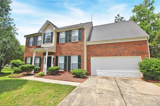 8207 Fox Swamp Road, Charlotte, NC 28215 (#3517252) :: LePage Johnson Realty Group, LLC