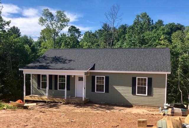 258 Alexander Heritage Drive, Hickory, NC 28601 (#3517416) :: Rinehart Realty