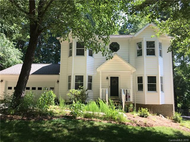 19 Sweetbriar Court, Asheville, NC 28803 (#3517432) :: High Performance Real Estate Advisors