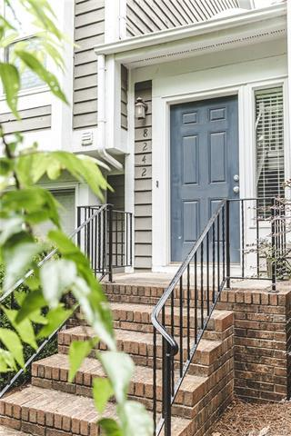 8242 Legare Court, Charlotte, NC 28210 (#3517536) :: The Ramsey Group