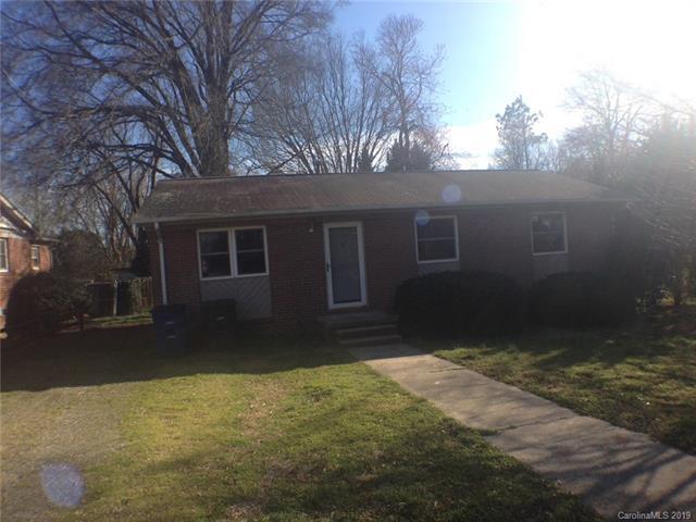 1229 Elizabeth Avenue, Statesville, NC 28677 (#3517644) :: Miller Realty Group