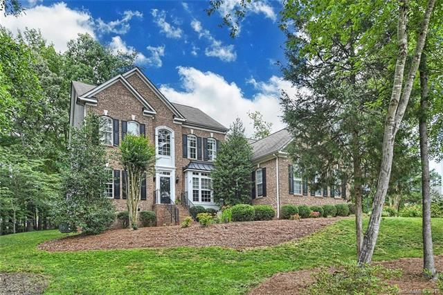 4009 Amhurst Court, Matthews, NC 28104 (#3517905) :: LePage Johnson Realty Group, LLC
