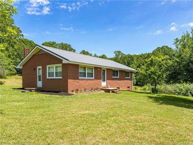 646 Gilreath Loop Road, Mills River, NC 28759 (#3518038) :: LePage Johnson Realty Group, LLC
