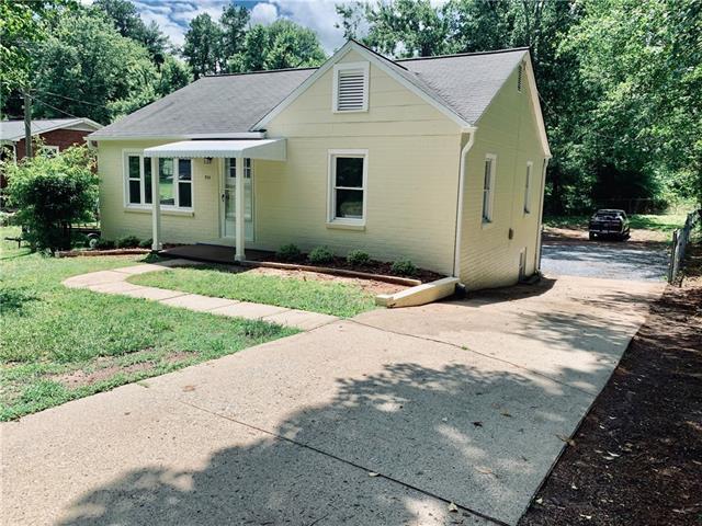 714 19th Street SW, Hickory, NC 28602 (#3518094) :: Rinehart Realty