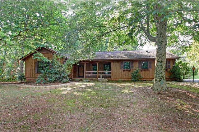 1402 Forest Park Drive, Statesville, NC 28677 (#3518146) :: Mossy Oak Properties Land and Luxury